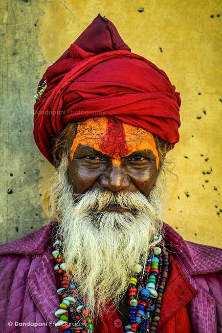 sadhu-india-monk-portrait