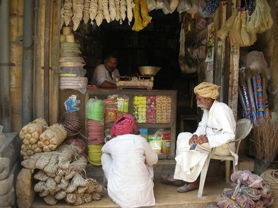 street-scenes-in-India